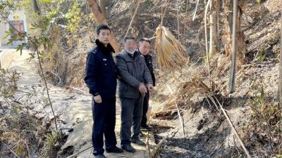 野外生火引燃山林,五华这2名男子被抓了!