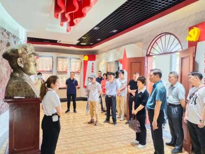 学习动态丨梅州日报经营行政支部党员到兴宁开展党史教育活动